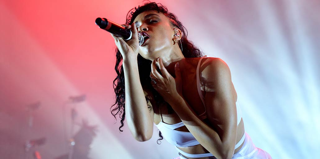 Photo of Love Songs: Rihanna's Fifty-Two Singles, Ranked