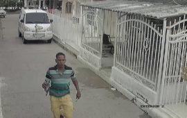 Ladrón es perseguido por su víctima en el barrio Santa Clara