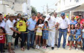 Distrito entrega obras en diferentes barrios de la ciudad