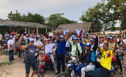 Mototaxistas le apuestan a Yalil Arana para la alcaldía de Magangué