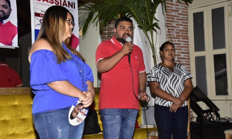 Concejal Cassiani recibe adhesión de dos candidatas a la JAL por la localidad 2